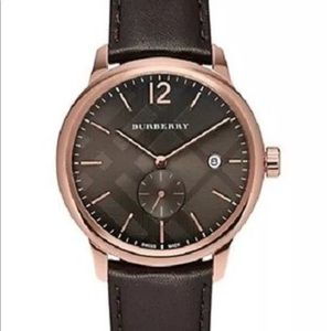 BURBERRY ROUND CLASSIC WATCH